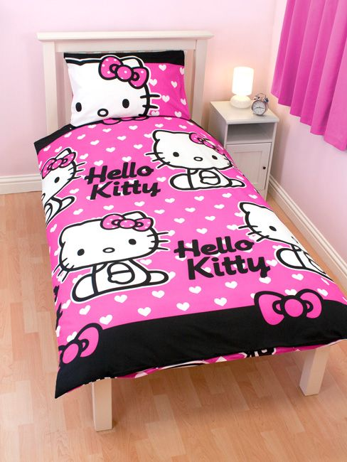 Set completo cameretta a tema Hello Kitty