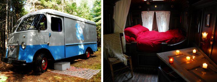 A nice gypsy truck to sleep in ! / Un camion romanichel dans lequel il fait bon dormir ! // Le Rond Coin, St-Élie-de-Caxton    #mauricie #quebec #canada #truck #camion #hebergement #lodging #romanichel #gitan #gypsy #cool