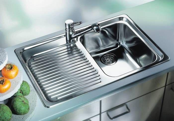 Для устранения неприятного запаха из кухонной раковины