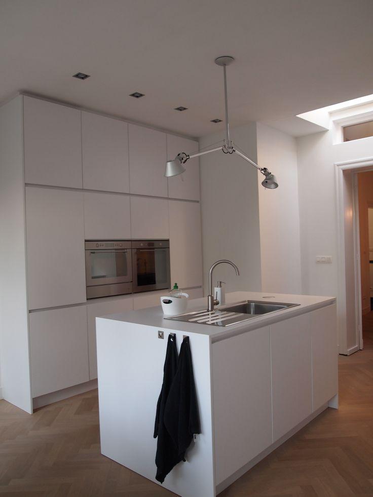 Moderne keuken klein beste inspiratie voor huis ontwerp - Fotos moderne keuken ...