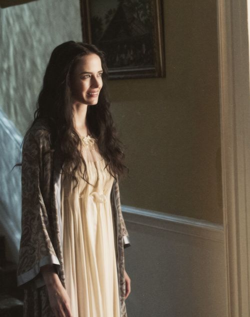 As scared as I can be of PENNY DREADFUL, I'd love a nightdress like Eva Green's in that show