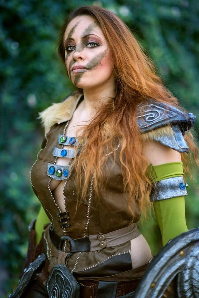 Aela the Huntress from The Elder Scroll: Skyrim Cosplayer: Ariadny's Cosplay