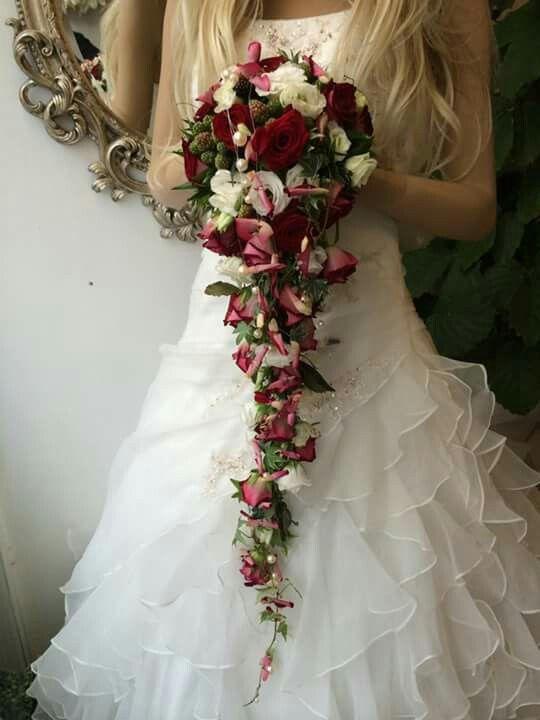 Weinrot  Wei  Hochzeit  Wedding bouquets Wedding