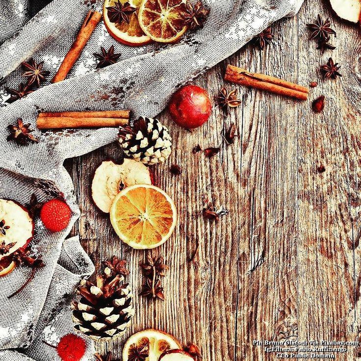 Santa Claus can u hear me?...#cibo #food #foodies #foodnetwork #foodandwine #foodstyling #foodblogger #foodbeast #foodlover #foodstagram #foodphoto #foodshare #foodgawker #foodislife #fooddiary #foodism #foodiegram #foodaddict #foodprep #foodpost #foodoftheday #healthyliving #foodtrip #xmas #vegan #veg #buongiorno #goodmorning #christmas