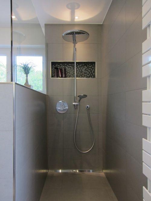Die Dusche im Familienbad