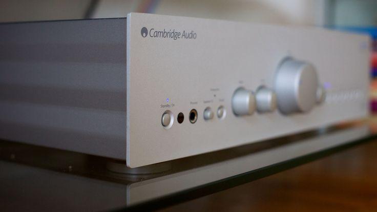 Stereo amplifier by http://newclearradio.net/