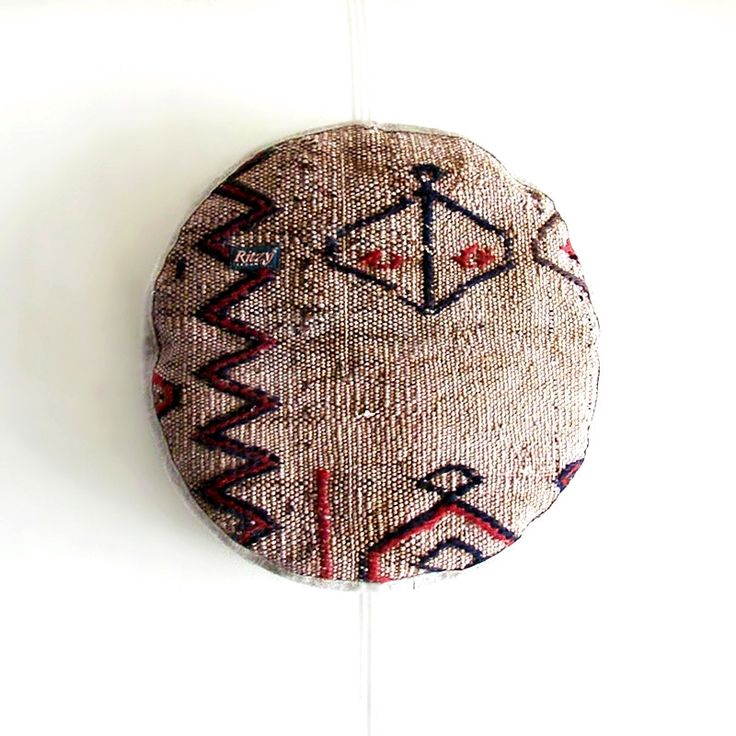 Homeware – Round Ottoman Kilim cushion – a unique product by RitzySelection on DaWanda