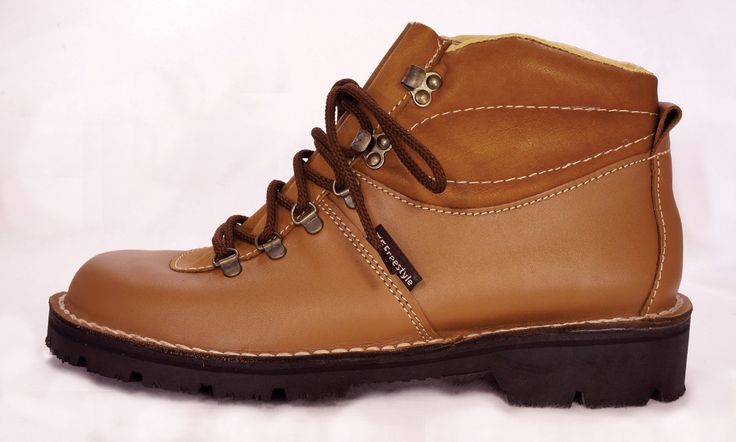 Freestyle (Kudu Tan) Walker Eco Waxy Handmade Genuine Full Grain Leather Boot. R 1'249.   Handcrafted in Cape Town, South Africa. Code: 163202 See online shopping for sizes. Shop for Freestyle online https://www.thewhatnotshoes.co.za/ Free delivery within South Africa.