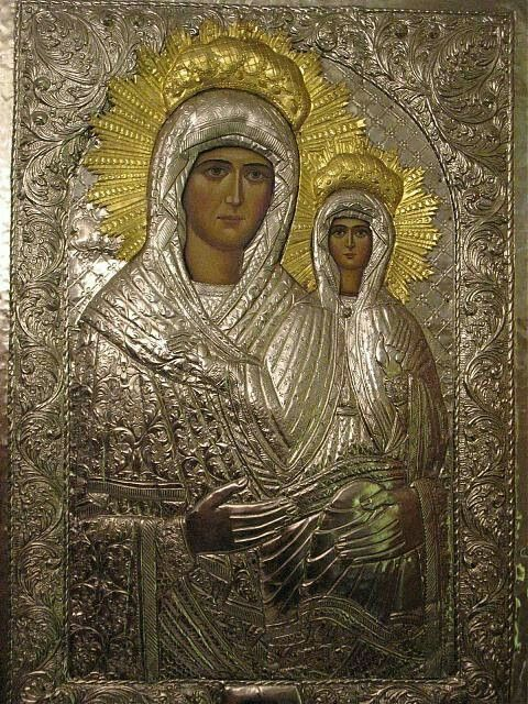 The Miraculous Icon of Saint Anna in Bistrița Monastery (Vâlcea), Romania. It was donated by Roman emperor Manuel II Palaiologos (1350-1425) and his wife Anna to the duke of Moldavia, Alexander the Good, as a sign of gratitude for the hospitality he gave to his son Andronikos. The icon has performed many miracles.