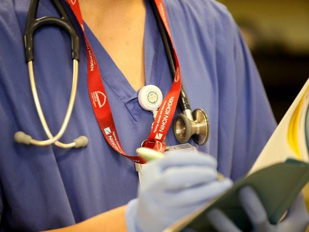 NHS pay must match private sector to stop hospital staff leaving, says health chief - Health News - Health & Families - The Independent