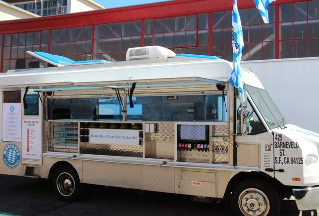 Municher German Food Truck serves up dishes like the spicy/beautiful Currywurst, a Bockwurst with curry ketchup, and an apple strudel burrito. #SanFrancisco