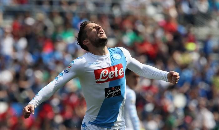 #rumors  Transfer news: Napoli star urges teammate to snub Manchester United interest and sign new deal