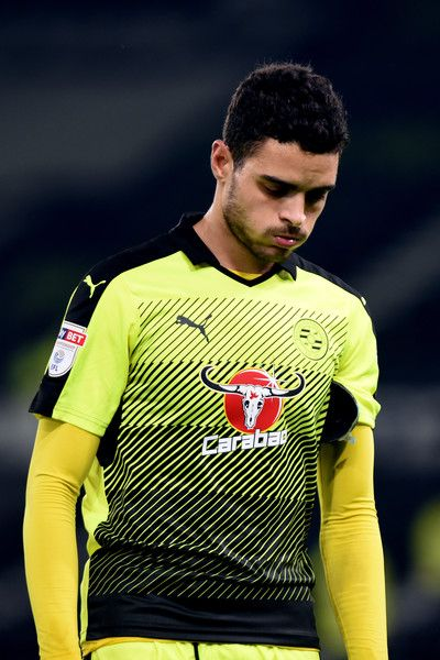 Tiago Ilori of Reading walks off dejected after the Sky Bet Championship match between Derby County and Reading at the iPro Stadium on January 21, 2017 in Derby, England (Photo by Nathan Stirk/Getty Images).