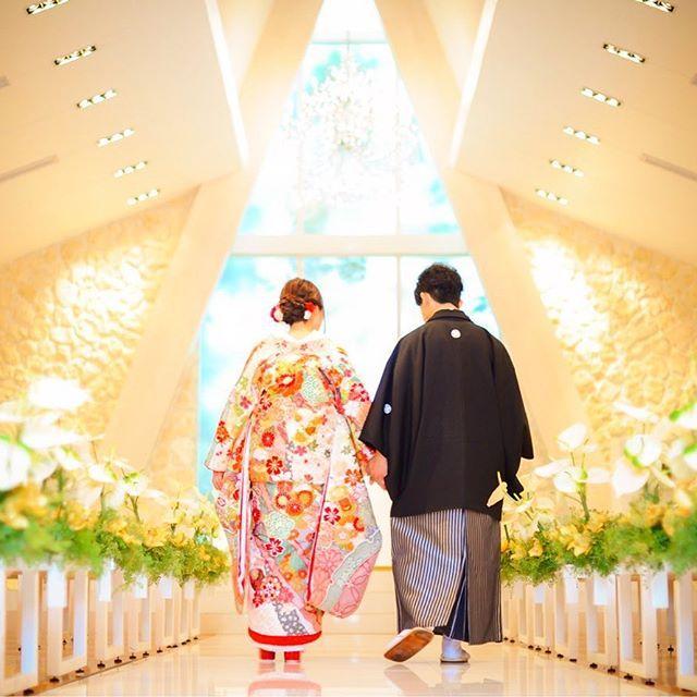 和装での前撮り♡    ドレスのイメージがあるチャペルの撮影ですが  ディアステージのチャペルは  和装にもぴったりです♡    ヴァージンロードに反射する  お二人の姿にもうっとりします♡    #ディアステージ #つくば #結婚式 #ゲストハウス #リゾート #wedding #花嫁 #fiorebianca #結婚式場 #つくば市 #茨城県 #ディアステージつくばフォレストテラス #プレ花嫁 #オシャレwedding #リゾート婚 #チャペル #全国のプレ花嫁と繋がりたい #結婚 #ナチュラル #dearswedding #オーダーメイド #おしゃれさんと繋がりたい #前撮り#チャペル#和装#茨城花嫁
