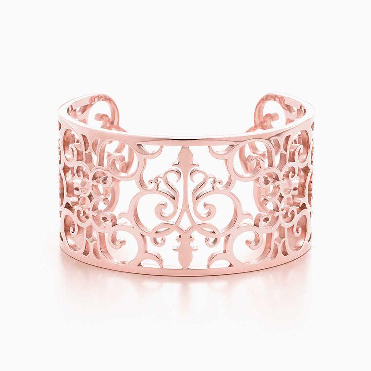 Pulsera angosta Tiffany Enchant® de metal Rubedo®, tamaño mediano.
