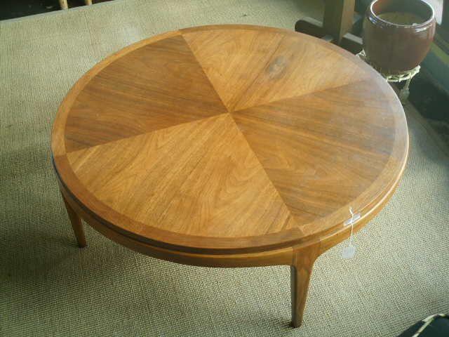 Lane altavista, va Round Coffee Table antique appraisal | InstAppraisal
