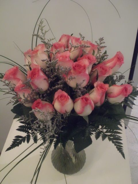 http://www.unny.com  pink roses bouquet