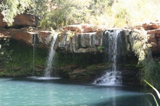 Karijini NP - Fernpool - Sat under this very waterfall