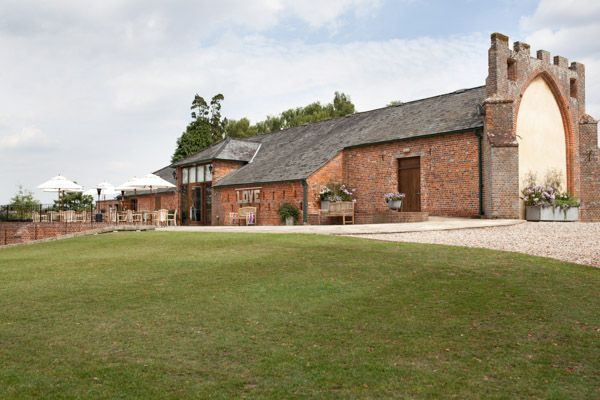 Castle Barn - My Favourite Wedding Venue – Wasing Park, by Martin Price Photography