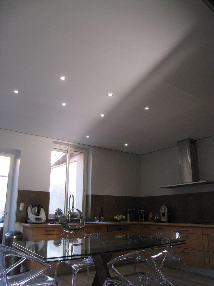 amazing beautiful rnovation du plafond duune cuisine dans. Black Bedroom Furniture Sets. Home Design Ideas