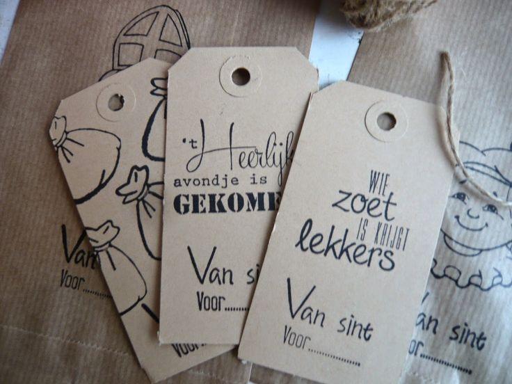 Vandaag kadootjes ingepakt voor 5 December       Ik had al zakjes, labeltjes en knijpertjes gestempeld     Rolletje mooi kadopapier erbi...