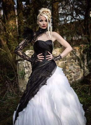 Extravagante Brautmode, schwarze Brautkleider, schwarz-weiße und ausgefallene Brautmode - Extravagante Brautmode, ausgefallene Hochzeitsanzüge, Gehröcke