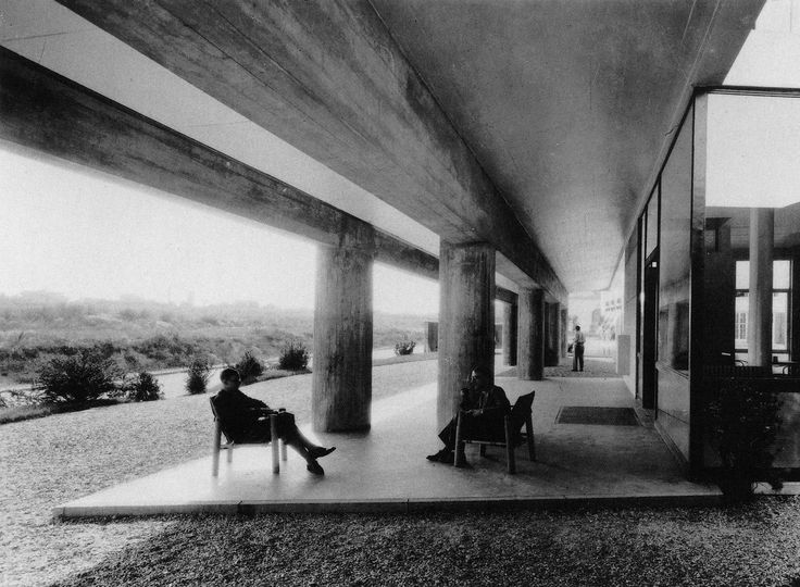 Pavillon Suisse, Cité Internationale Universitaire, Paris, France, 1930-33. Le Corbusier.