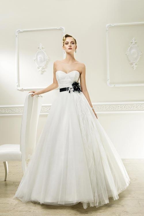 Balletts Bridal - 18642 - Wedding Gown by Demetrios -