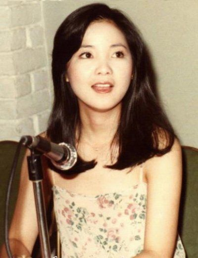 Teresa Teng Old photos of graceful Teresa Teng Xinhua Englishnewscn