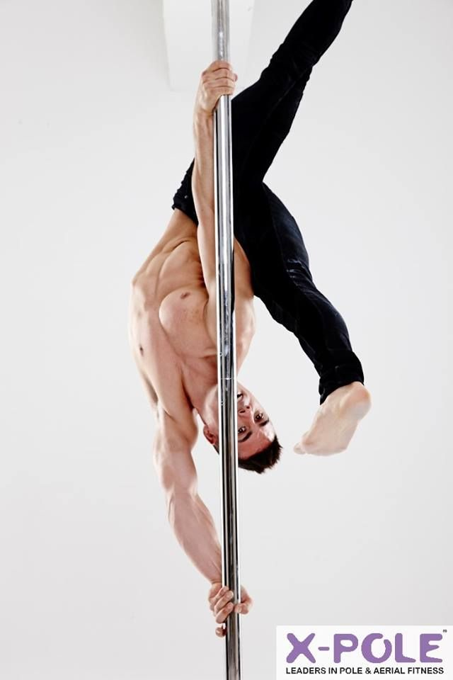 Saulo Sarmiento #meninpole #menwhopole. Image courtesy of #XPoleSA and Fjord Productions