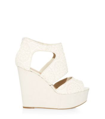 Cream Crochet Cut Out High Vamp Wedges http://www.newlook.com/shop/shoe-gallery/view-all-shoes/cream-crochet-cut-out-high-vamp-wedges_307386512