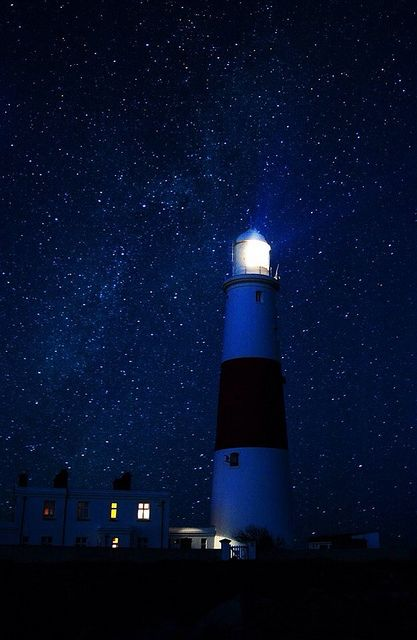 Portland lighthouse with Milky Way by rich_f28 on Flickr.