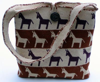 Tapestry Crochet: Horse Around Purse! - CrochetMe