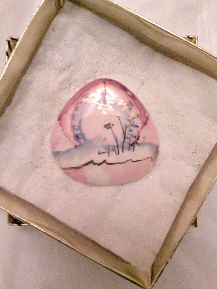 Broche peint main vintage de la boutique tresorunique sur Etsy
