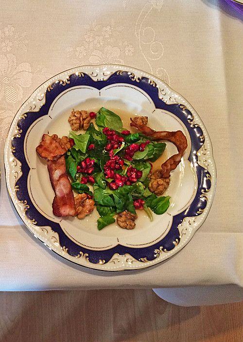 Weihnachtlicher Feldsalat mit Granatapfelkernen, ein leckeres Rezept aus der Kategorie Fleisch & Wurst. Bewertungen: 28. Durchschnitt: Ø 4,6.