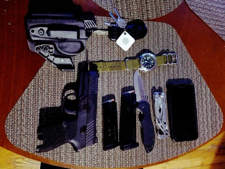EDC Sig p320 Emerson blade Letterman Momentum watch Huckleberry Tactical AIWB holster