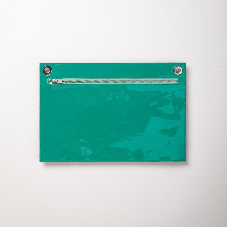 Portfel PocketL; Projektant: Niqa; Wartość: 130 zł; Poczucie bezpieczeństwa: bezcenne.  Powyższy materiał nie stanowi oferty handlowej