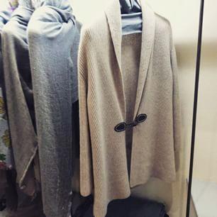 #madeinelba #madeinitaly #laboratorio #laboratorioartigianato #artigianato #cashmere