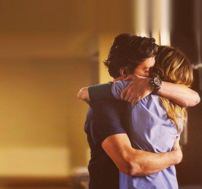 """""""Às vezes não importa o quanto ame alguém, se ele não pode amar do mesmo jeito. Viver com alguém que não consegue amar você, é mais solitário do que viver só."""" - 30 frases de greys anatomy"""
