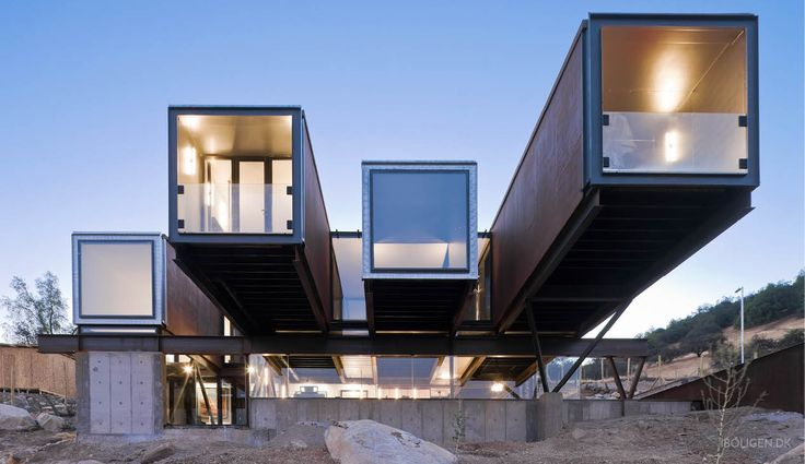 This is how 12 containers was transformed into a unique family home.