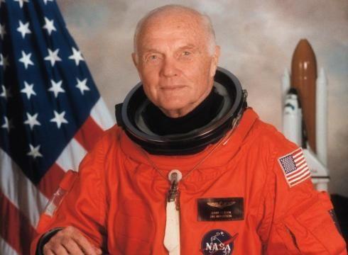 Muere el primer astronauta que orbitó la Tierra