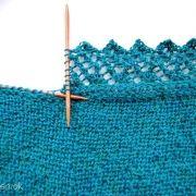 Bort strikket på sjal