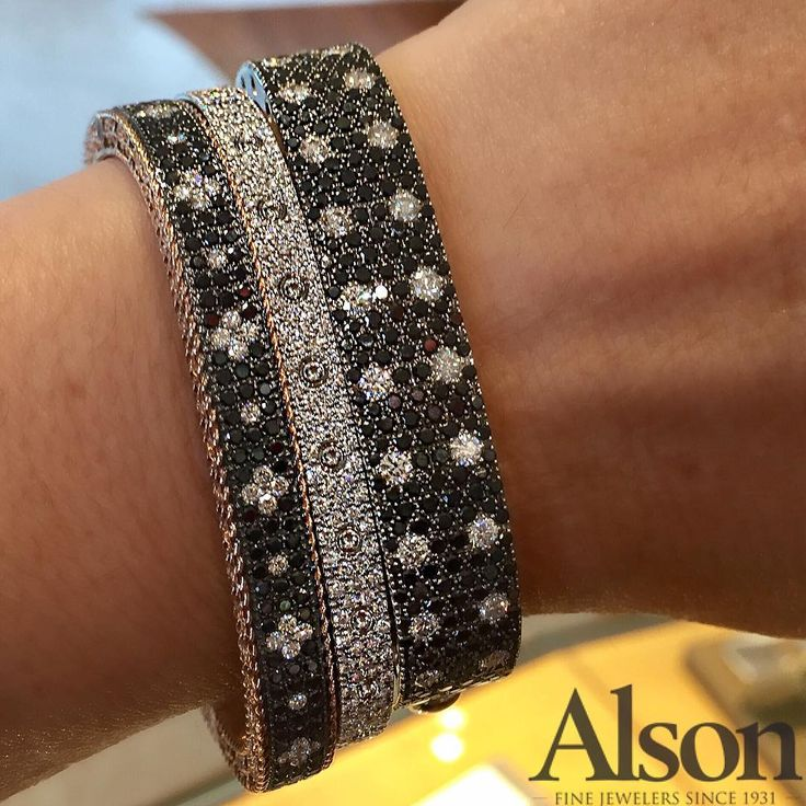 White and Black diamonds bracelet by Roberto Coin @alsonjewelers