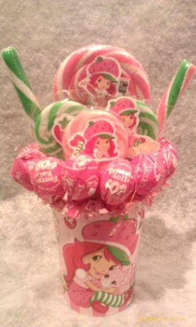 strawberry shortcake centerpieces | Strawberry Shortcake Lollipop Bouquet - Thumbnail 4