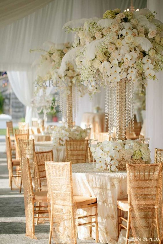 A Great Gatsby Wedding Theme   Gold Candelabrau0027s And White Feathers With A  Soft Pallet Of