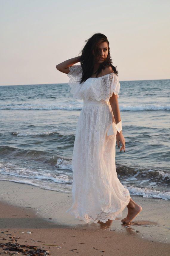 70s Ivory Lace Wedding Dress / Beach  Bohemian. Handmade for you in Greece:  €446.81
