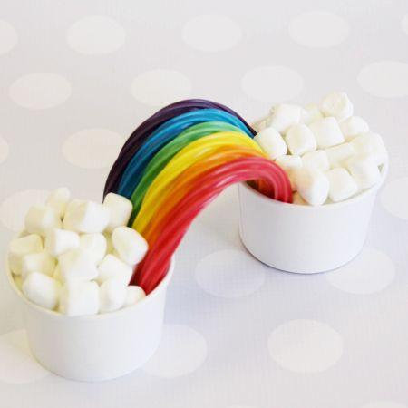 Shop Sweet Lulu   www.shopsweetlulu.com for bags, ice-cream cups, spoons, stripey straws