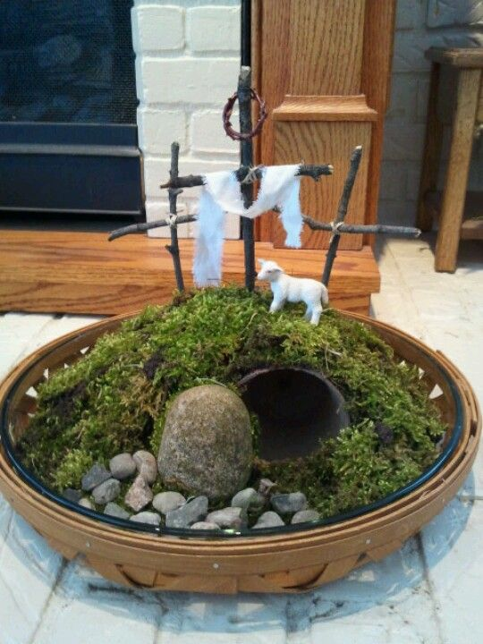 Easter centerpiece He is risen!