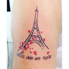 Resultado de imagem para tatuagem da torre eiffel no pe