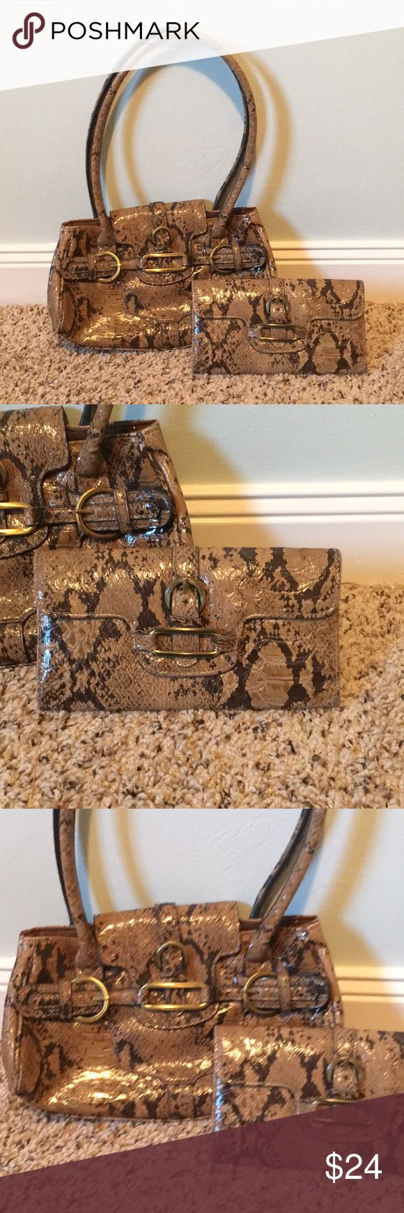 NWOT handbag set with matching wallet Snakeskin New without tags faux snakeskin handbag set with matching full-size 8 inch Wallet gold hardware no name brand kate spade Bags Shoulder Bags